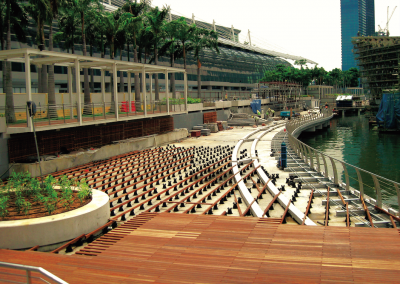 Promenade to cristal pavilion - Singapore